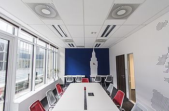 Armstrong Ceiling Solutions - Perla OP 0.95 di Armstrong Building Products